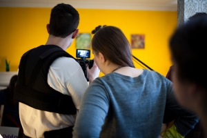 Reviewing the footage (Copyright Christopher Behnen)